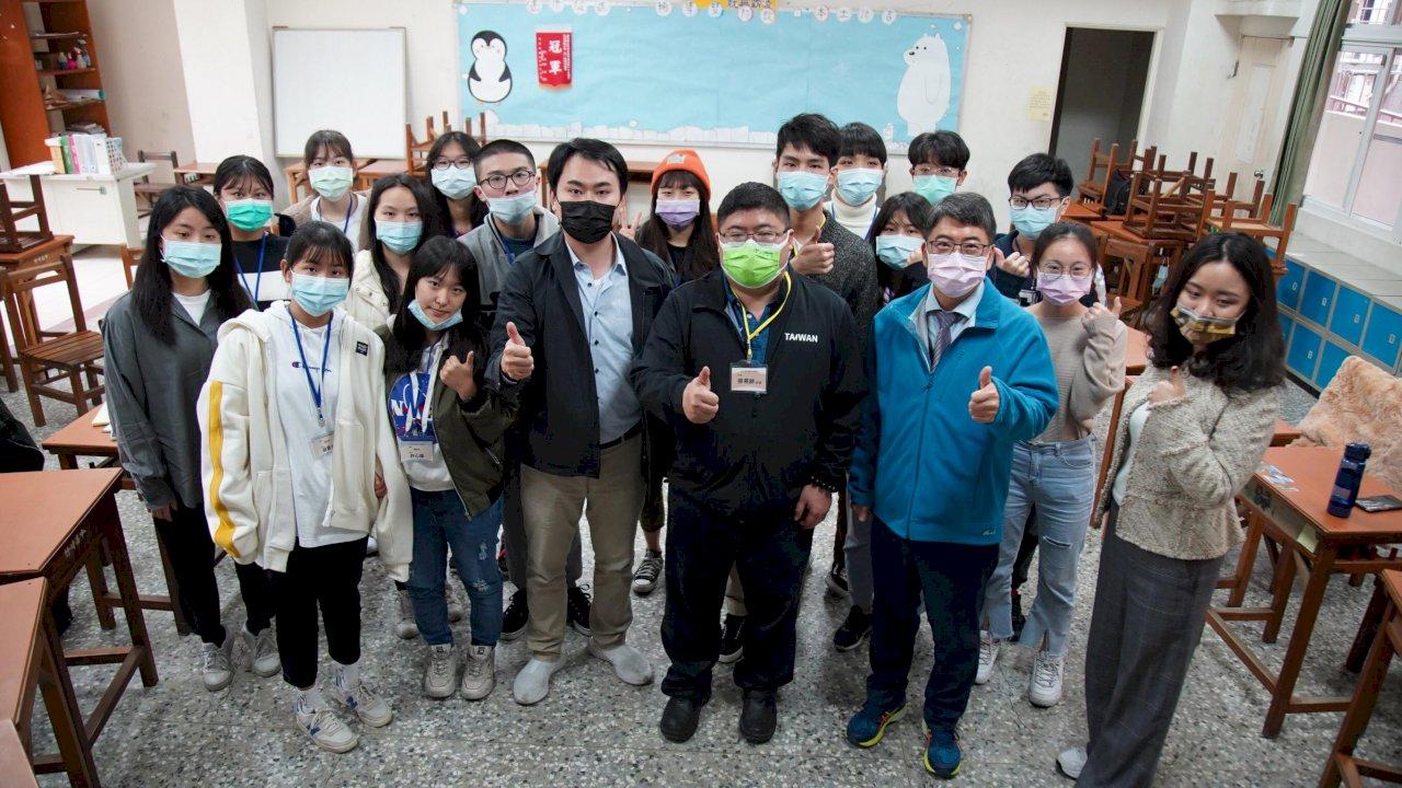台灣的孩子比想像的更優秀!台灣世代智庫培育青年領袖 驚訝新生代素質