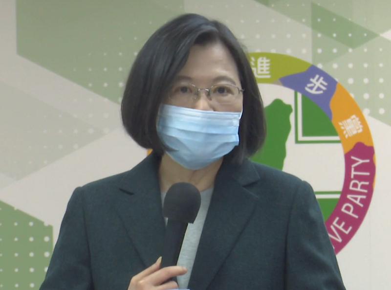 支持台灣電影 蔡總統:千言萬語抵不過身體力行