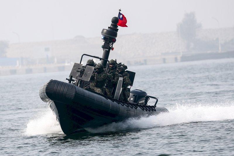國防自主 海軍M109突擊艇首曝光秀高機動力