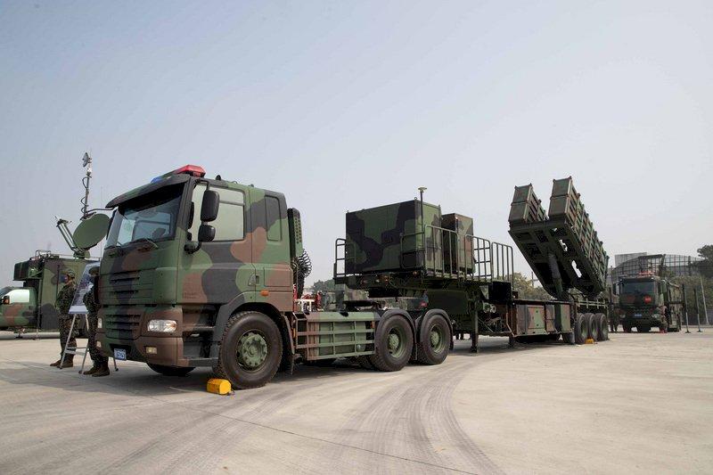 漢光演習─飛彈部署;國產飛彈比較對美採購飛彈