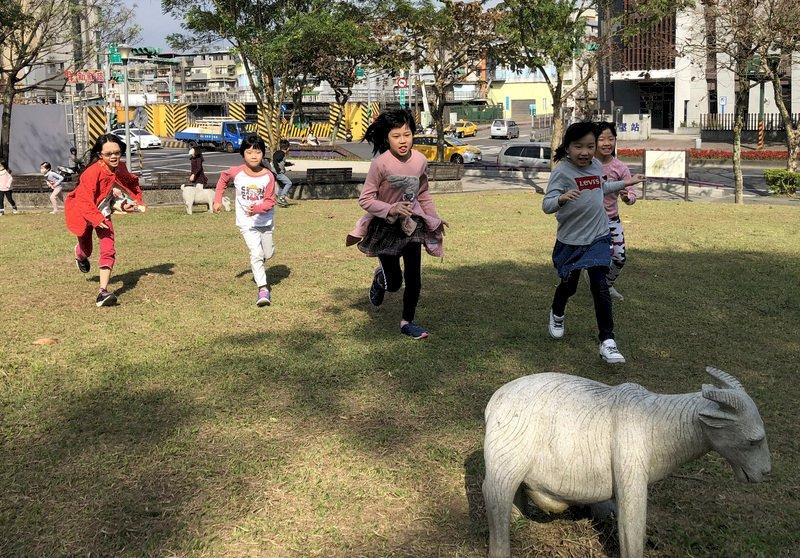 台灣生育率全球最低 青年Wyeth談不婚也不生的原因