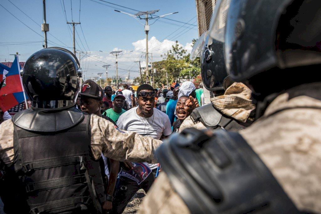 從首都看歷史系列~繁華墜落至貧窮線的首都,海地太子港