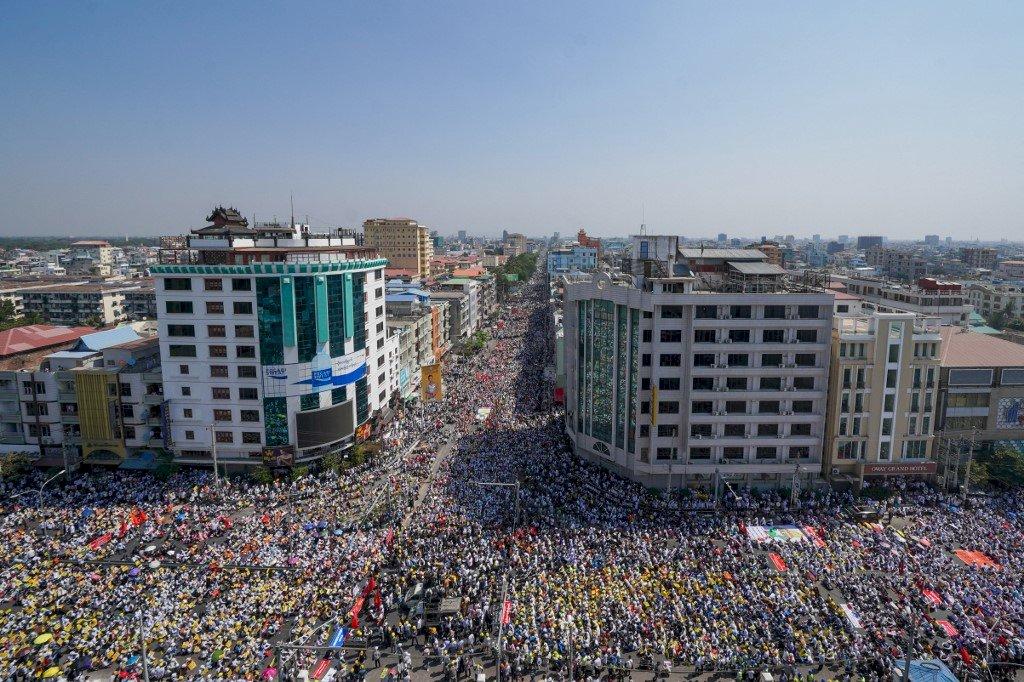 斬斷軍方金脈 緬甸工會號召今天起長期罷工