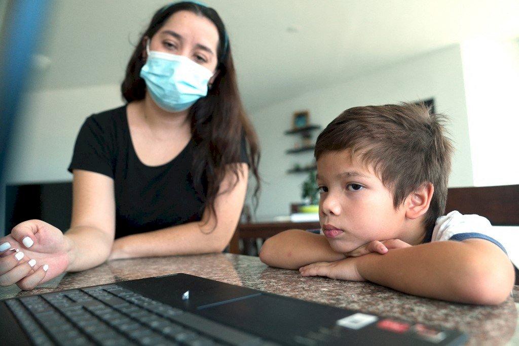 眾多孩童因疫情一年沒上學 UN:數百萬恐永遠中輟