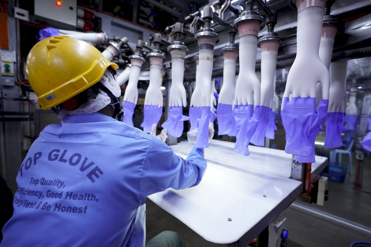 裁定強迫勞動 美將沒收大馬醫療手套大廠產品