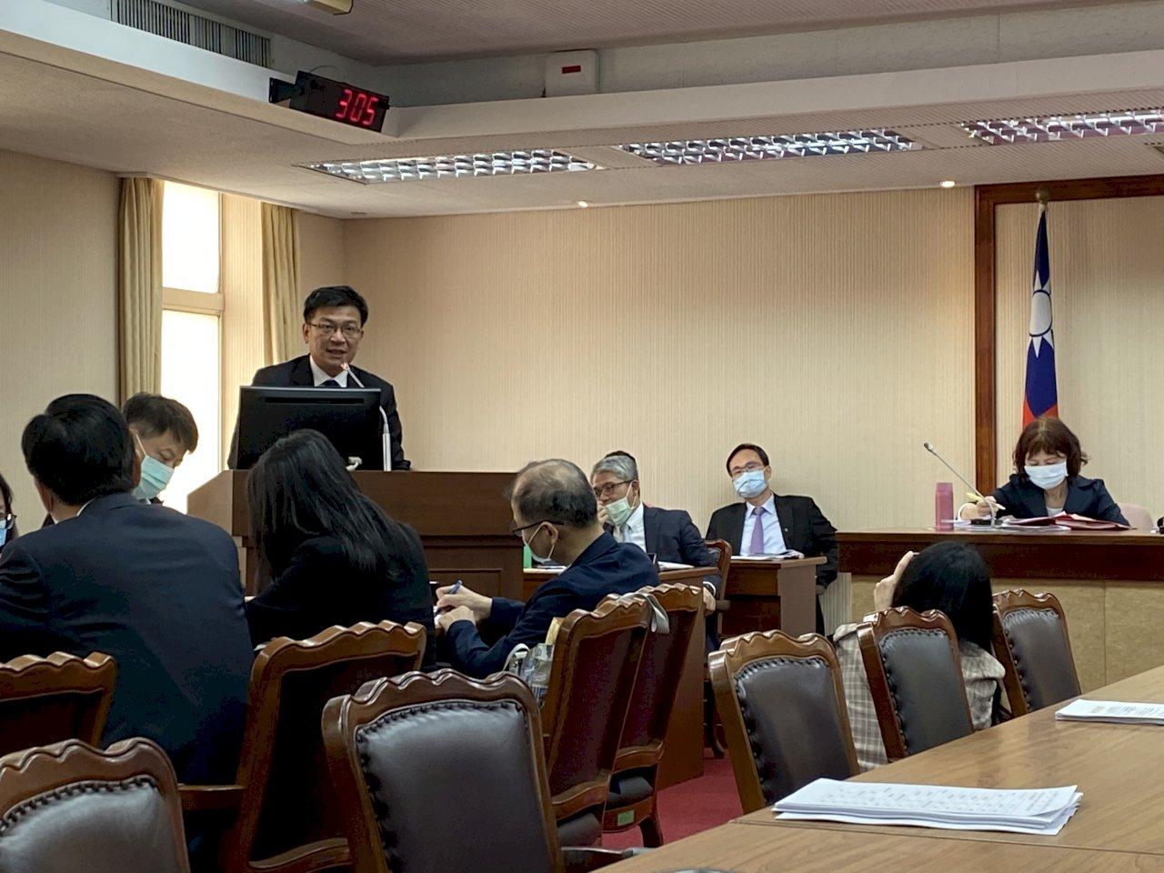 立院舉行藻礁保護公聽會 學者籲雙方提出科學證據