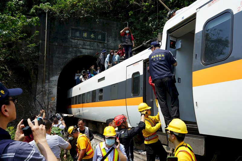 太魯閣號事故51死186傷 內政部公布捐款專戶