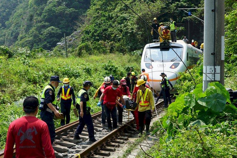 太魯閣號事故 交通部初步認定危害預防有疏失