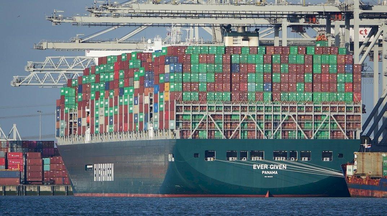 駁回船東異議!埃及法院裁定 長賜輪禁止駛離