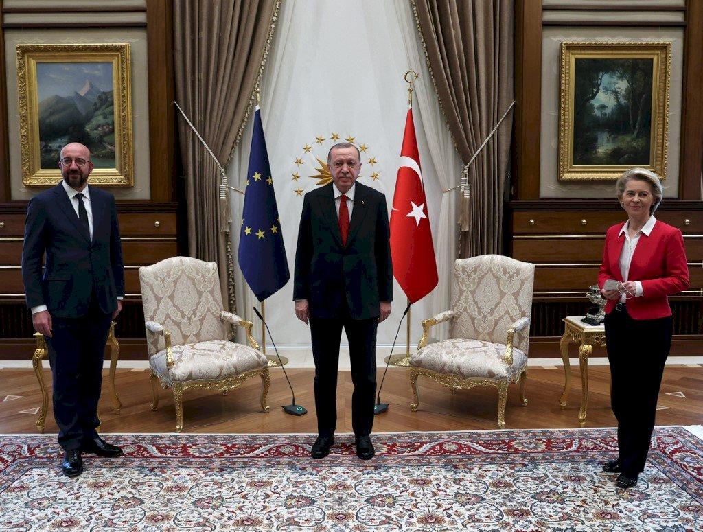 歐盟主席沙發門事件 法國:土耳其設下的圈套