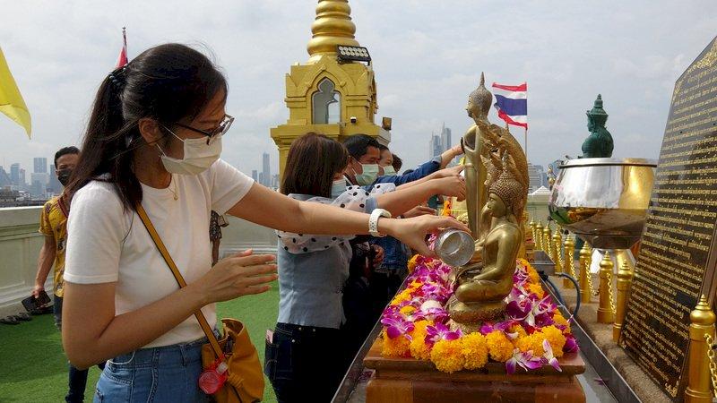 泰國疫情嚴峻 富人赴海外打疫苗兼旅遊成風潮