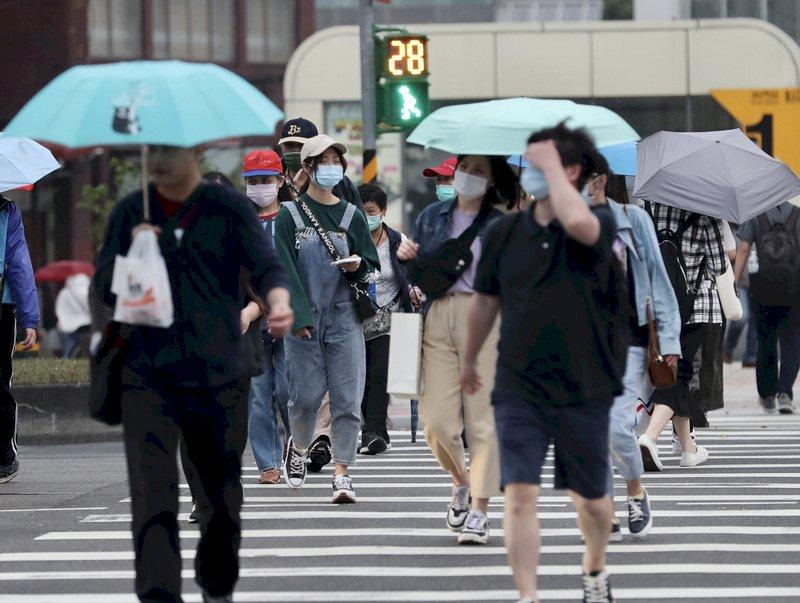 北涼南暖北東雨明顯 颱風「舒力基」對台灣沒直接影響