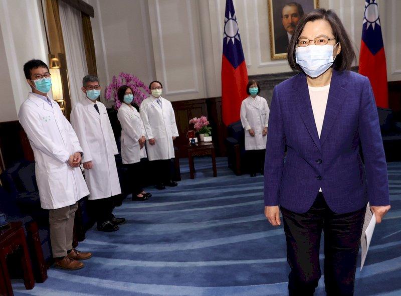 總統:下階段擴大疫苗施打 讓全民有足夠防護力