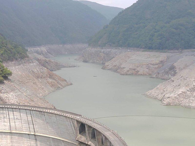 好渴!德基水庫蓄水量跌破4% 估剩餘14天