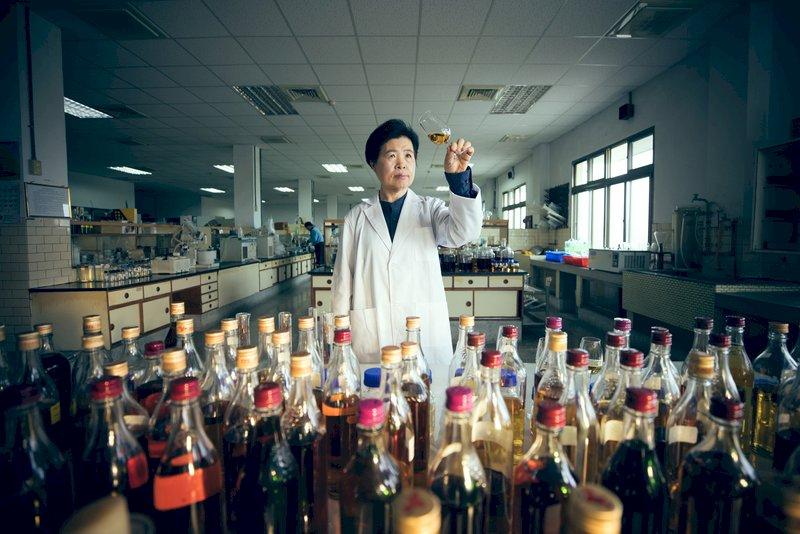 台灣威士忌奪國際獎項 文總匠人魂見證職人精神