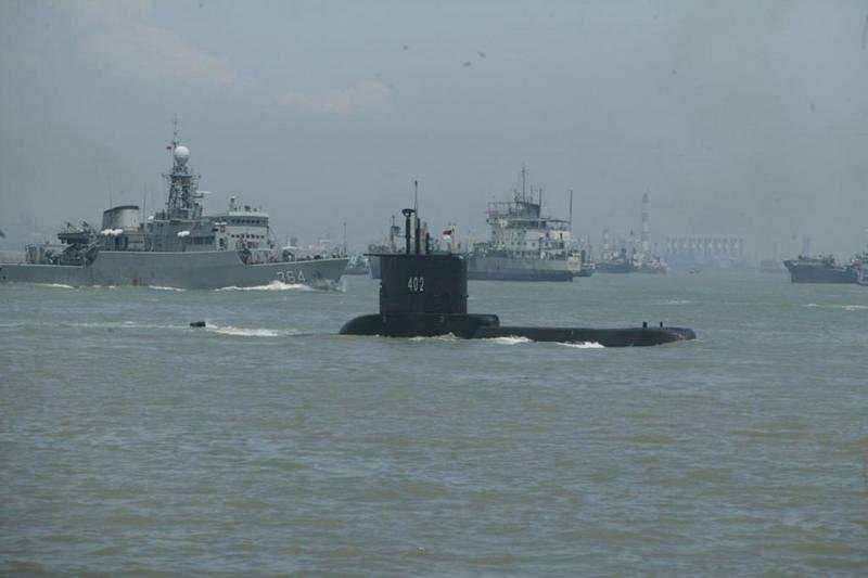 印尼潛艦載53人失聯 海上出現外洩油料