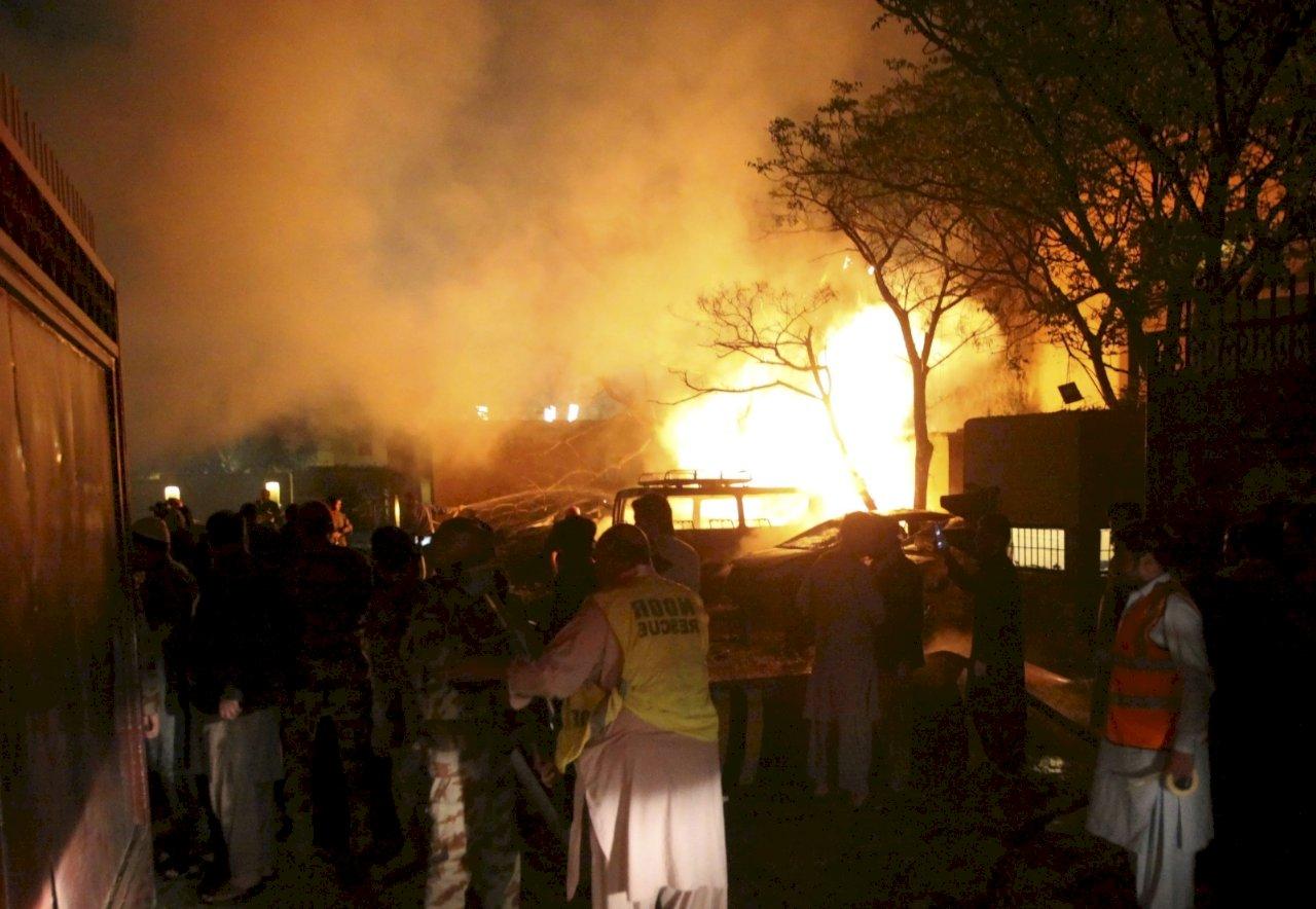 中國大使逃過一劫!巴基斯坦飯店爆炸案 增至4死