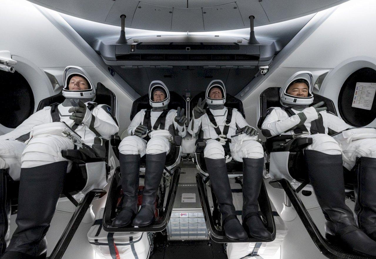 SpaceX第3次送人上ISS 首度重複使用火箭太空船