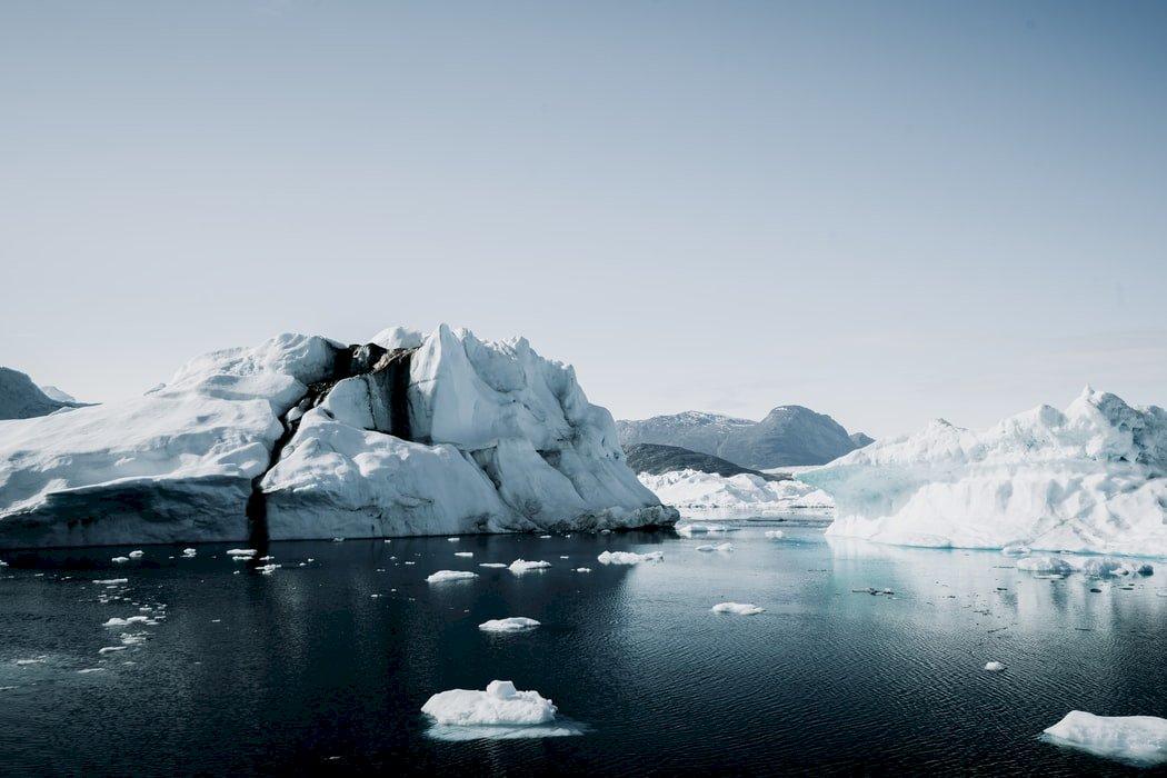 熱浪來襲 格陵蘭冰蓋爆大規模融化事件