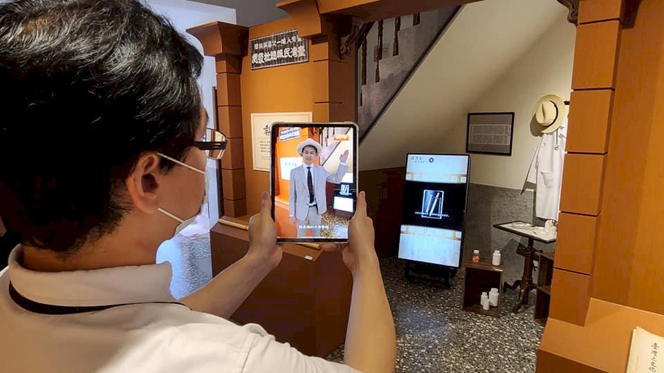 用科技向台灣文協百年致敬  4DViews重現蔣渭水熱血身影