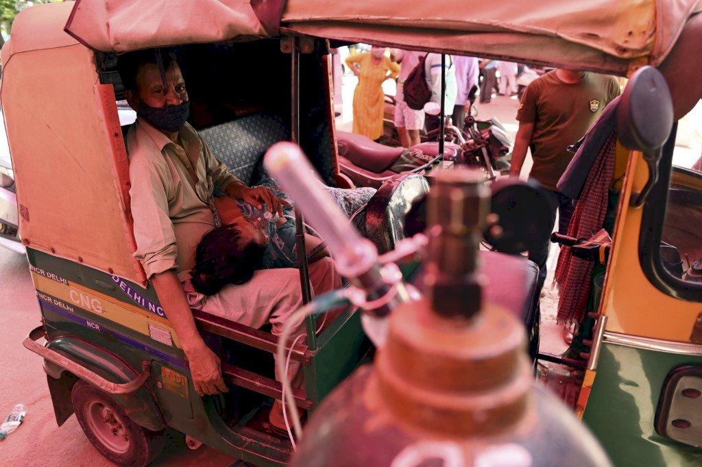 印度疫情慘絕人寰 確診總數破2千萬(影音)