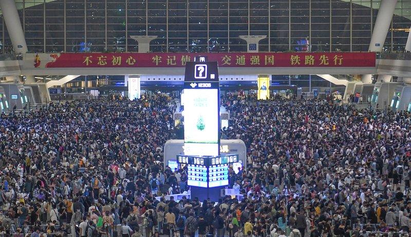 長假延後返鄉效應 中國五一鐵路運量創歷史新高