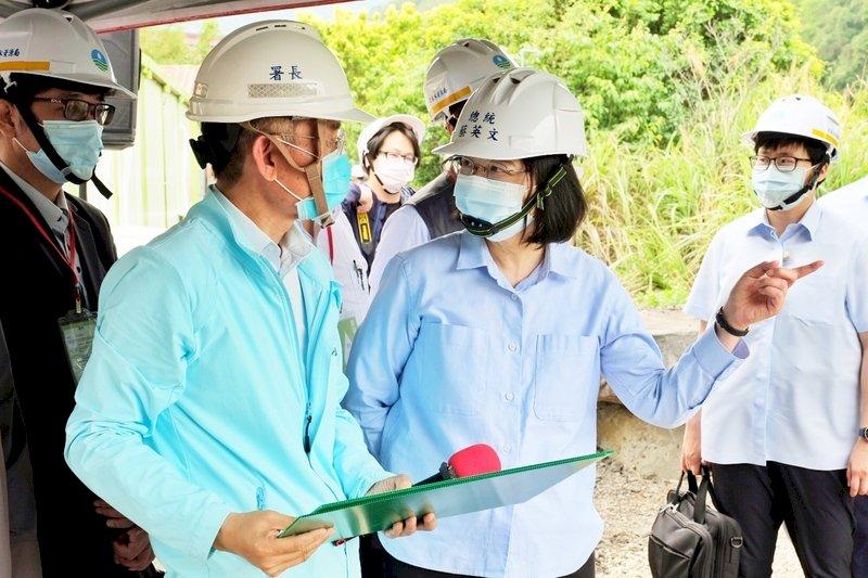 總統赴石門水庫視察緊急抗旱應變 指示貫徹3工作