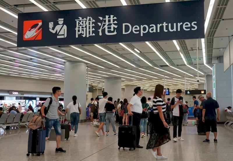香港修訂入境條例 港人憂心政府擴權