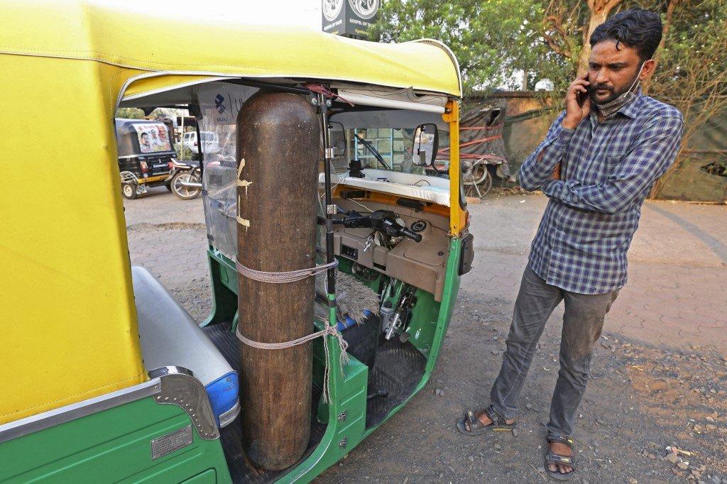 印度嘟嘟車變身救護車 駕駛要送病患到疫情結束