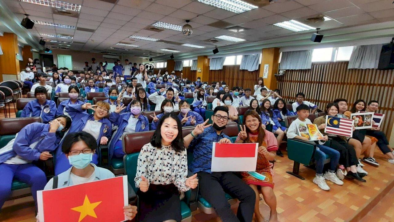 明道4國外籍生前進二林工商 分享東南亞文化