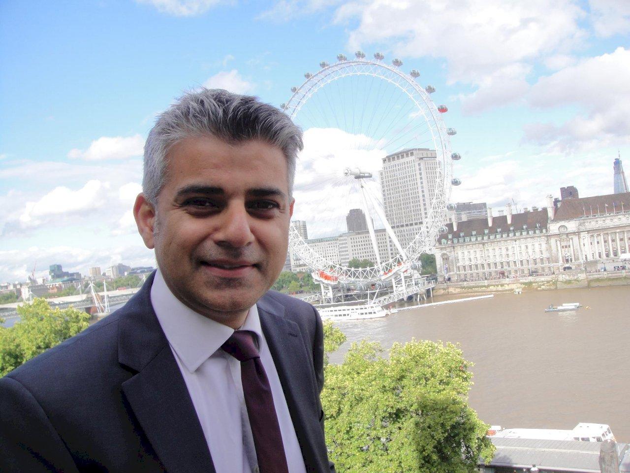 倫敦市長沙迪克汗連任  誓言化解脫歐分歧
