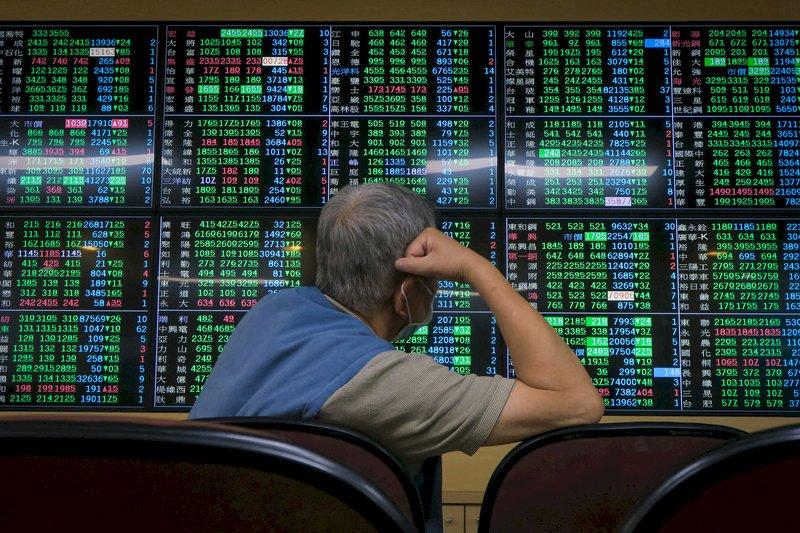 疫情升溫若封城 金管會:股市不會休市