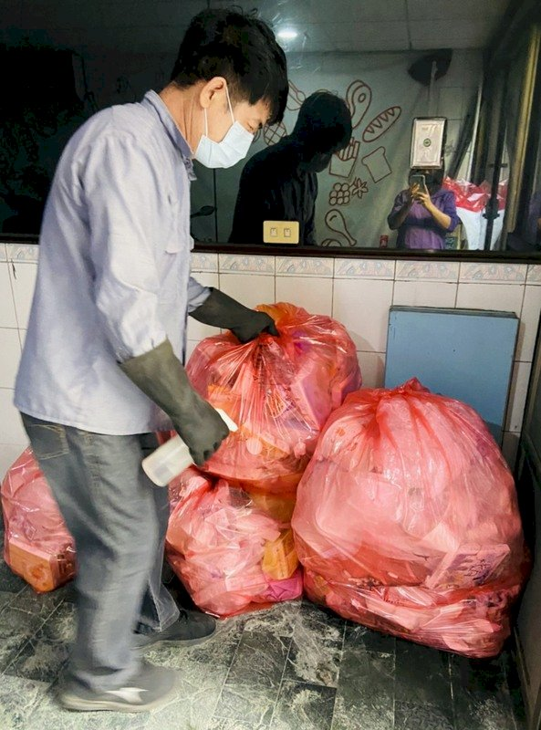 清潔隊員憂染疫 環保署:隔離者與家戶垃圾分流