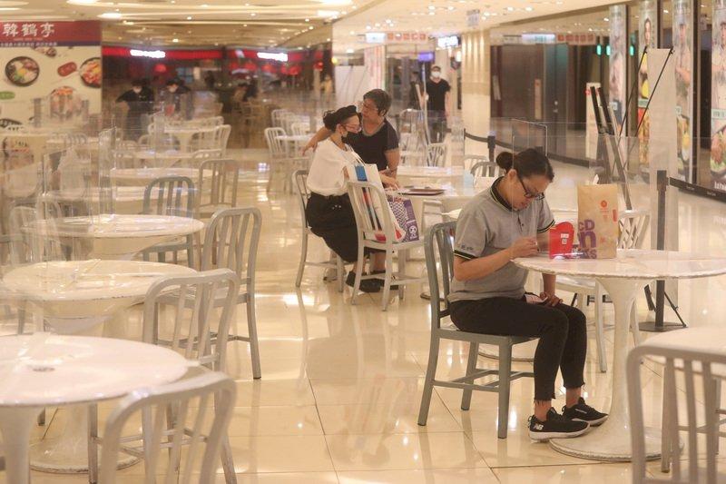 外媒:防疫模範生台灣 面臨迄今最嚴重疫情
