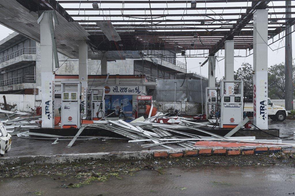 強烈氣旋襲印度 至少33死逾90人失蹤