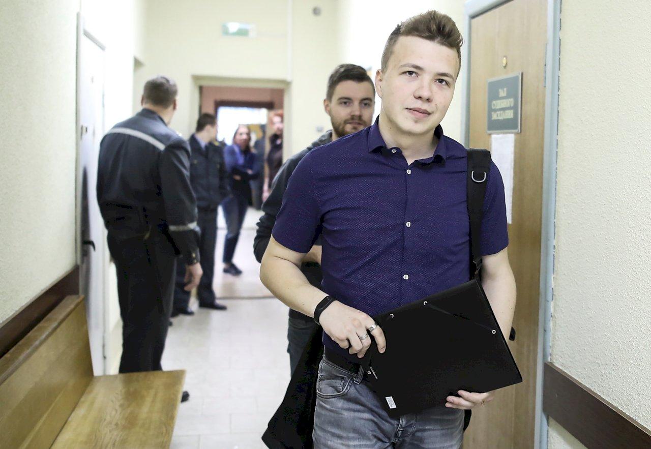白俄流亡異議人士「空中迫降」被捕 歐洲領袖痛斥譴責