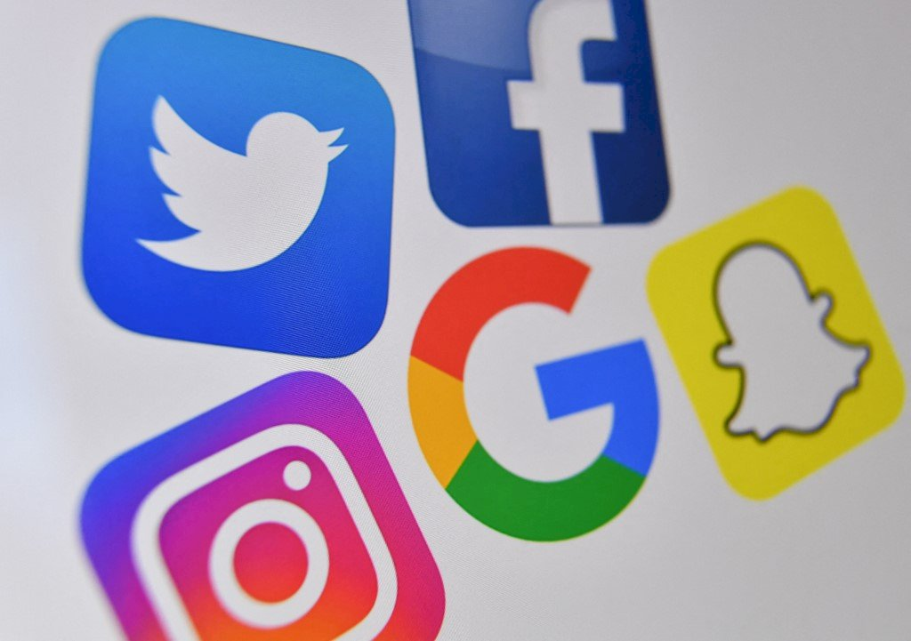 WSJ:港府擬修個資法 臉書谷歌推特揚言退出香港