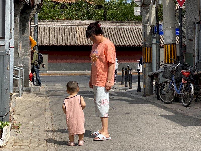 人口不斷下降!傳中國2025年可能解除生育限制