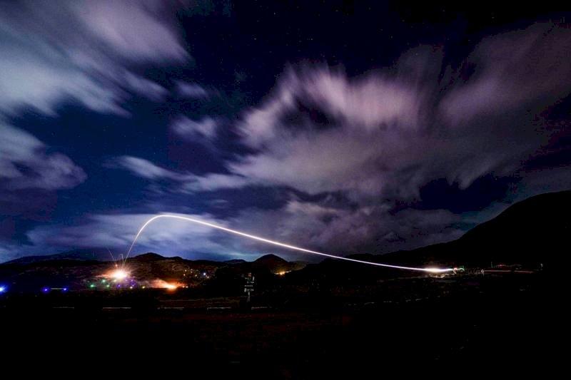 陸戰隊戰訓夜間實彈射擊標槍飛彈頂攻威力曝光