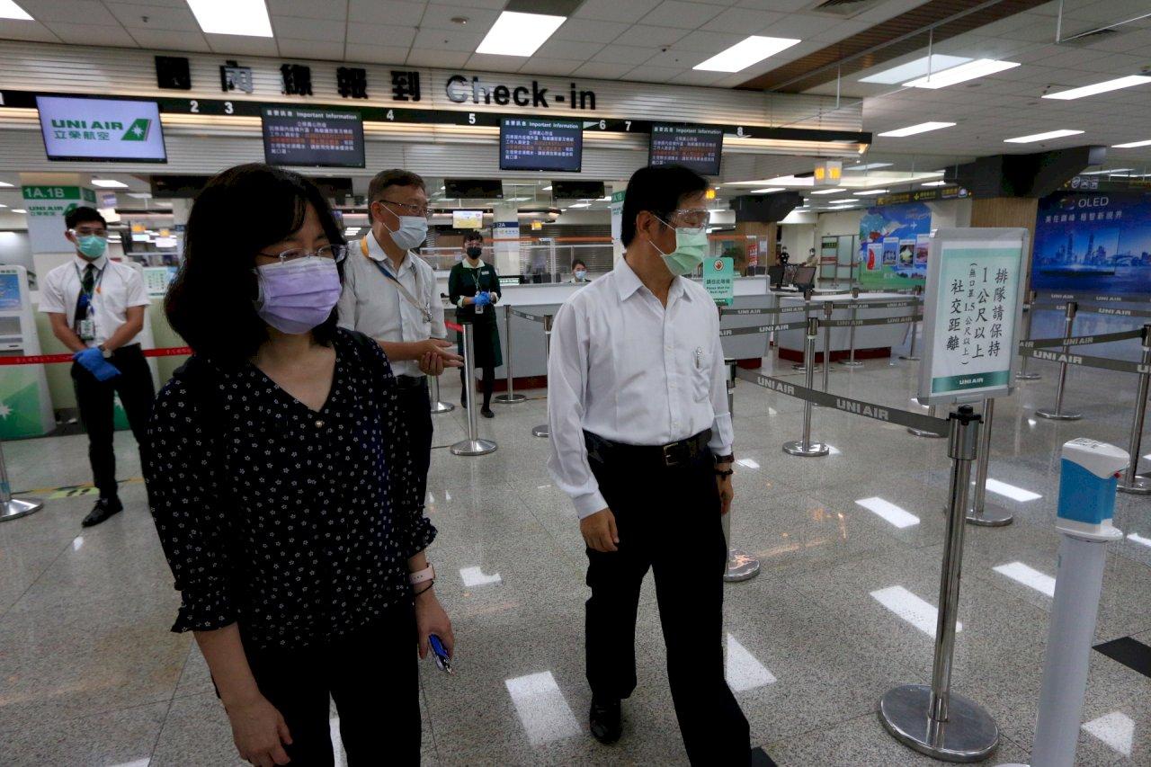 5機場篩檢站今啟用 祁文中籲旅客提早90分鐘報到