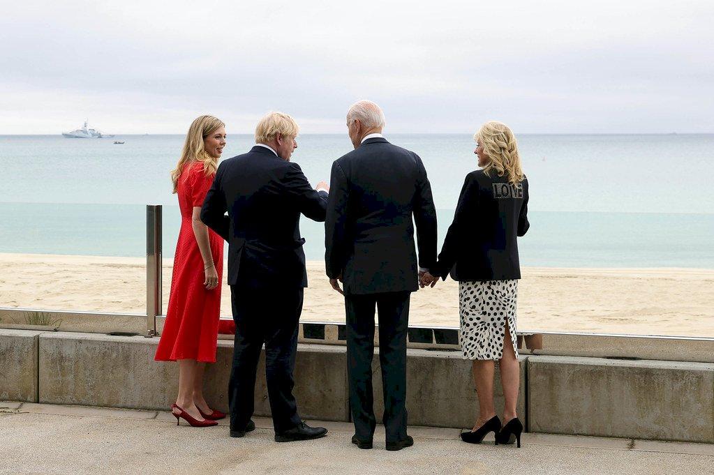 G7峰會前夕 美國第一夫人衣著展現關愛全球訊息