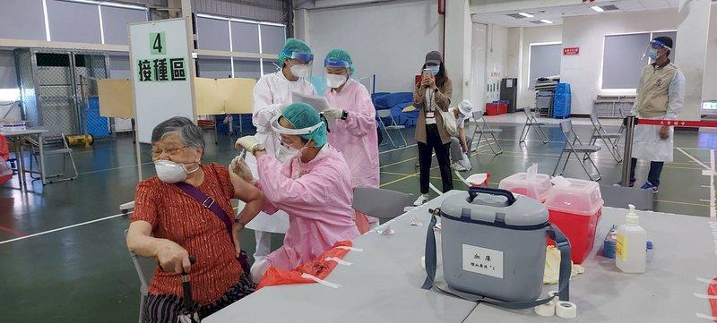 鄭文燦感謝美方援助疫苗 桃市將調整接種地點及時間