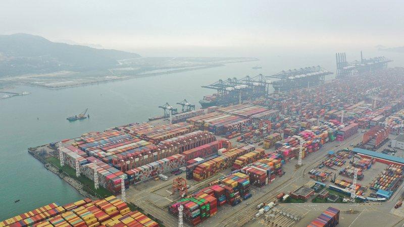 廣東疫情造成港口塞車 運費漲影響中國出口優勢