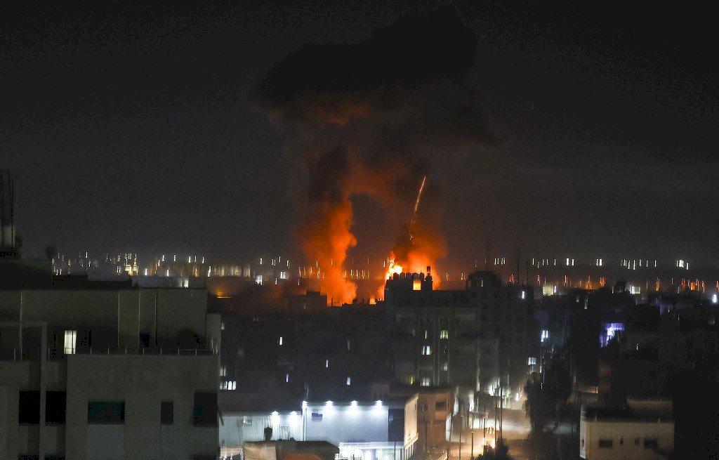 反擊加薩氣球炸彈 以色列再度發動空襲