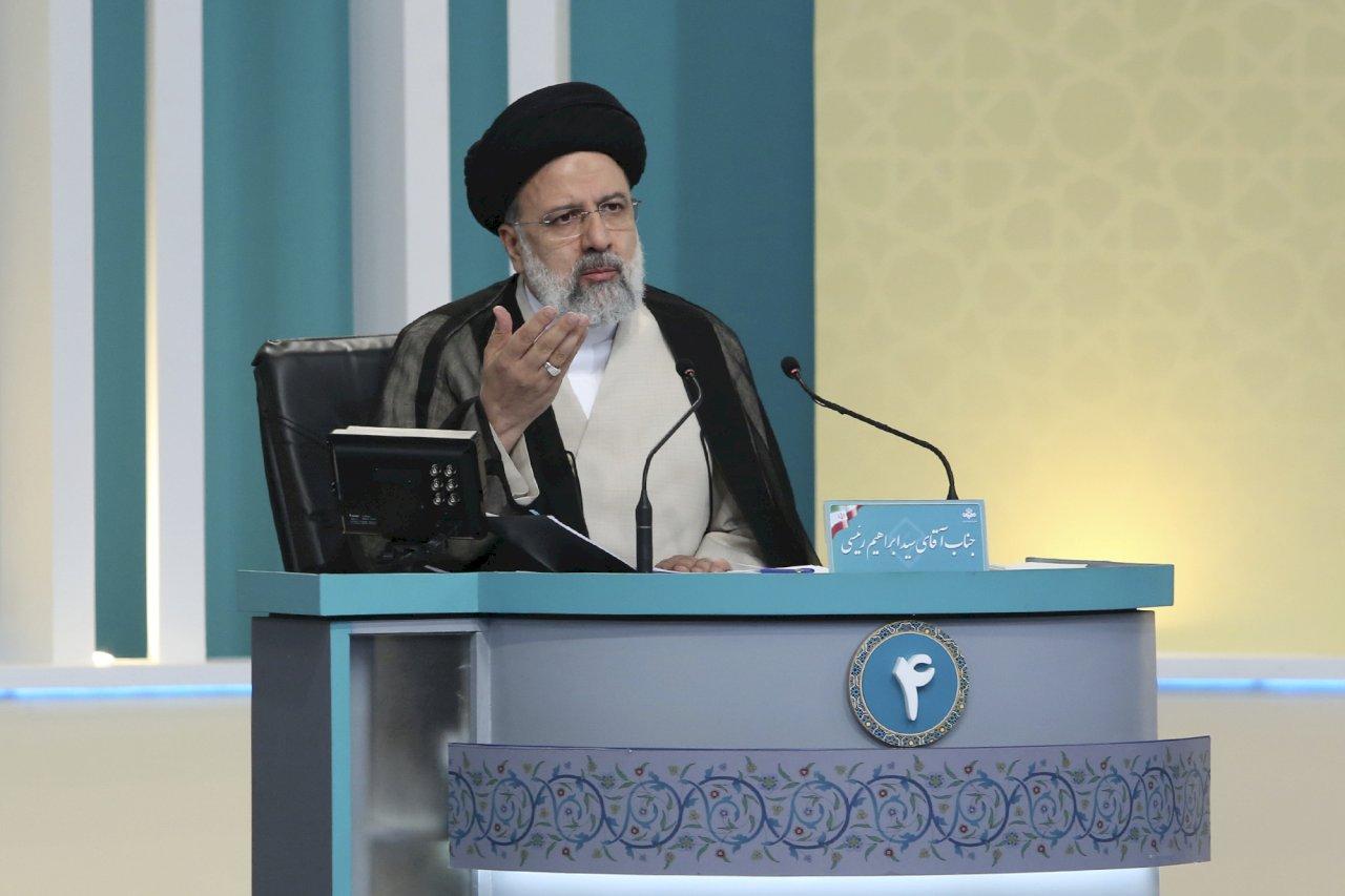 伊朗總統大選開始投票 極端保守派萊希料獲勝