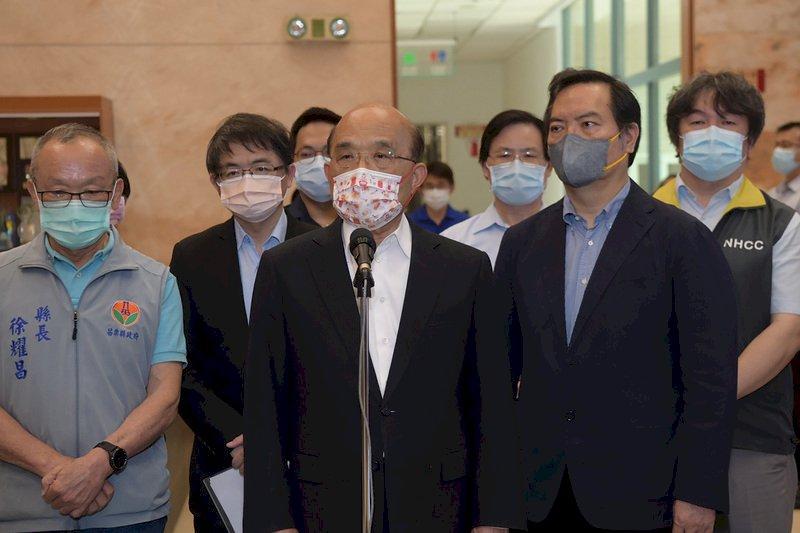 蘇貞昌視察苗栗電子廠防疫 肯定中央地方合作使疫情穩定
