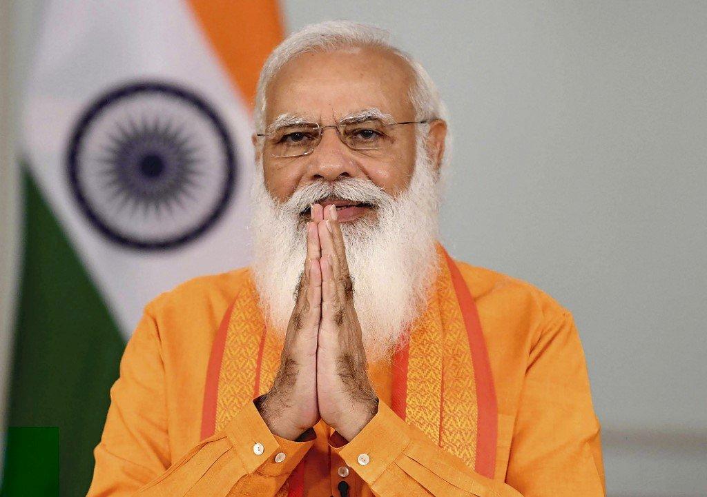 印度免費接種疫苗計畫開跑 莫迪宣稱瑜珈可抗病毒