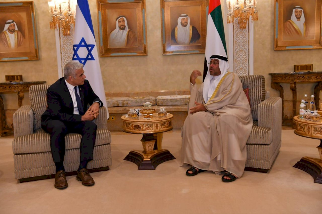 關係正常化後 以色列外長首次正式訪問阿聯