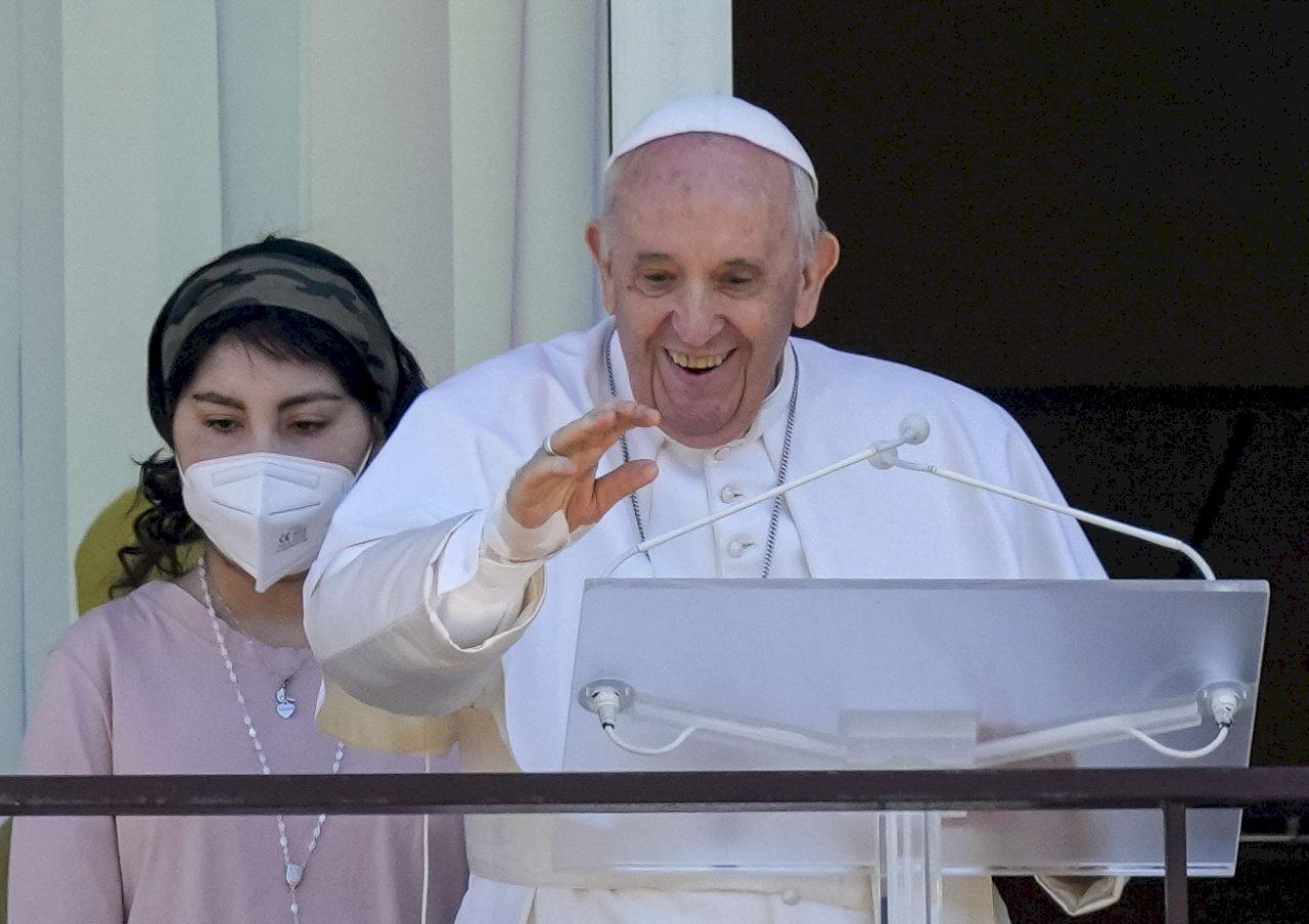教宗離開羅馬醫院 返回梵蒂岡