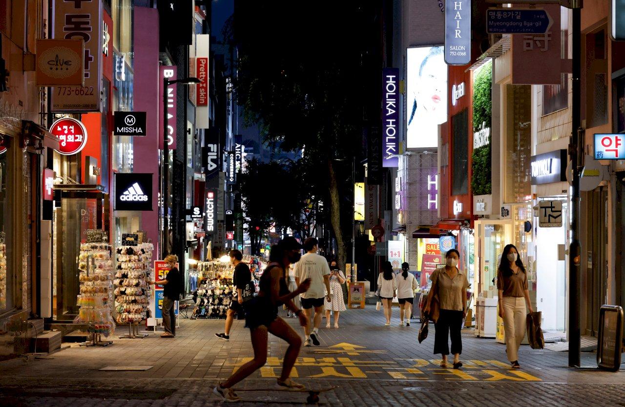 韓國非首都圈疫情升溫 27日起升至第3階段防疫